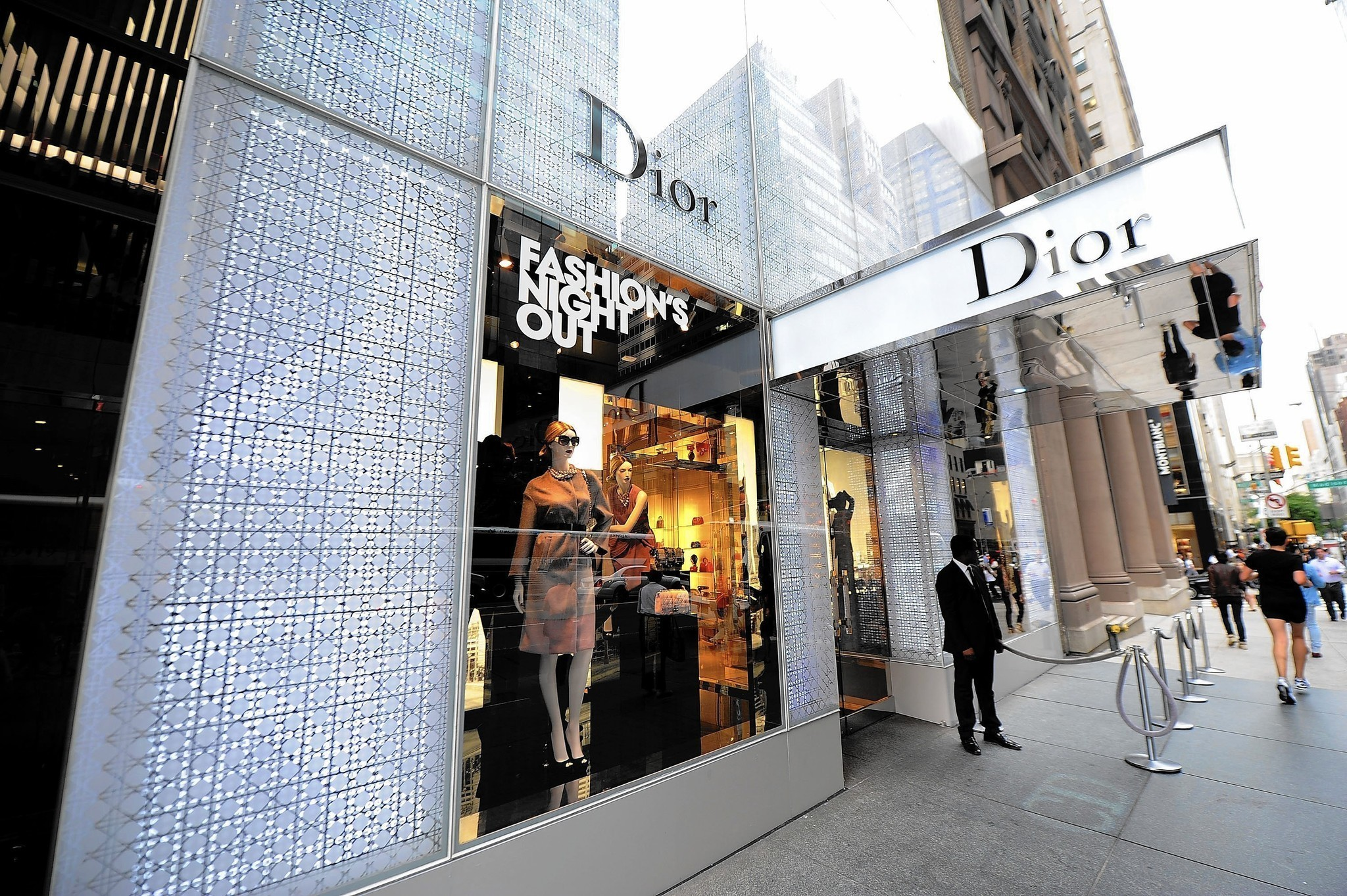 Christian Dior To Open Gold Coast Boutique Chicago Tribune