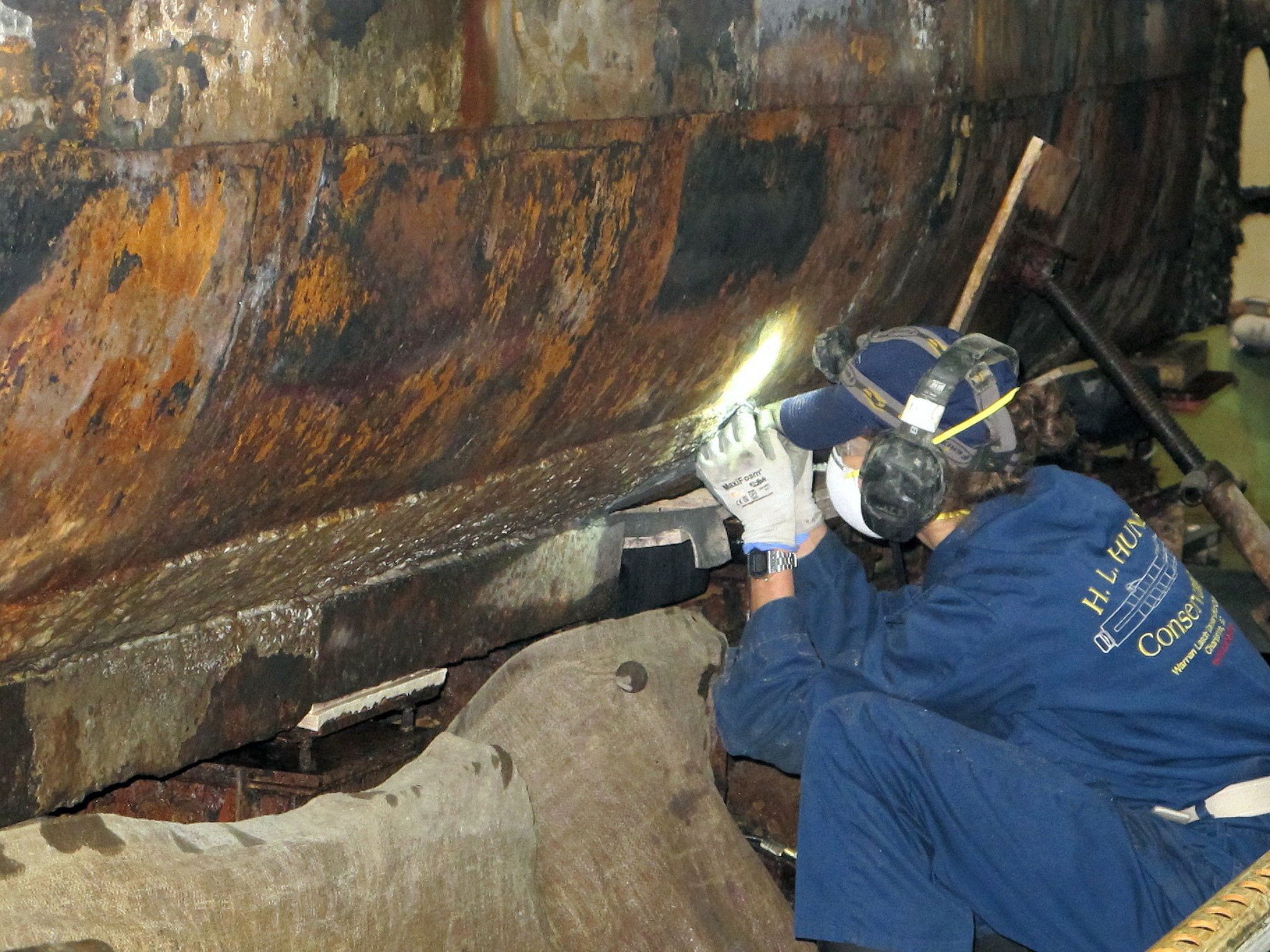 History of Submarine Hunley Marred by Conflicting Claims of Discovery
