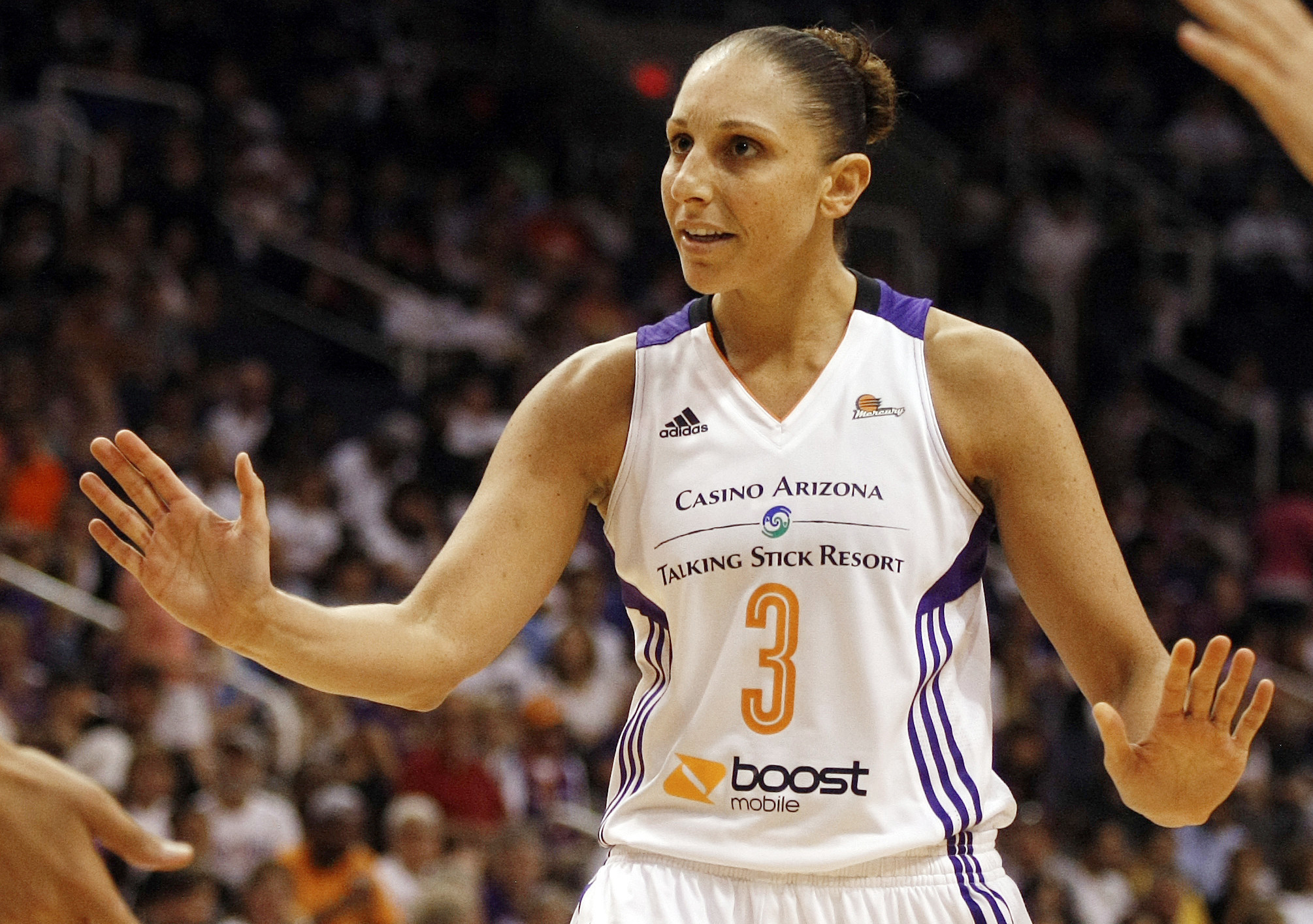 Taurasi Being Paid Not To Play - Hartford Courant