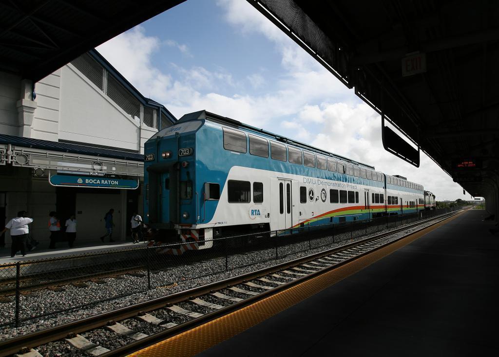 Boca Raton Shopping >> Tri-Rail: Free shuttle service expanded in Boca Raton ...