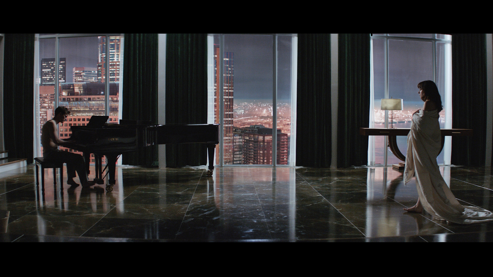 fifty shades of grey reviews by bethany. Black Bedroom Furniture Sets. Home Design Ideas