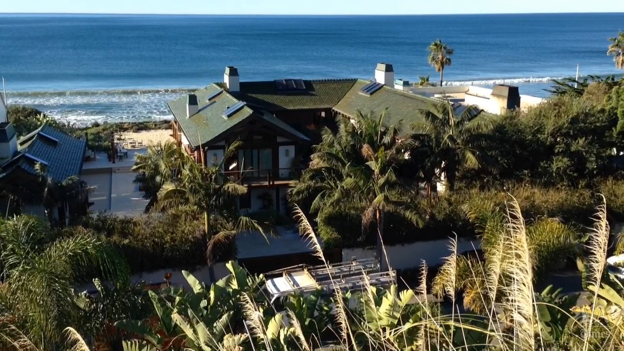 Malibu 2018 >> Fire at Pierce Brosnan's Malibu home causes $1 million in damage - LA Times