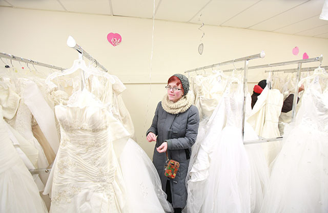 Pa Woman First In Line At Goodwill Wedding Dress Sale