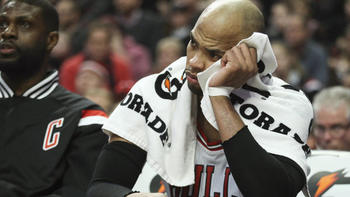 8696d43a4ee Surgery will tell tale of Derrick Rose s recovery time - Chicago Tribune
