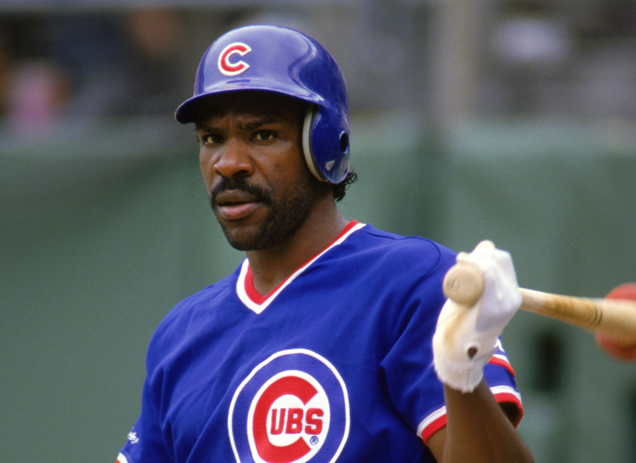 chicago sports flashback  andre dawson offers cubs a blank