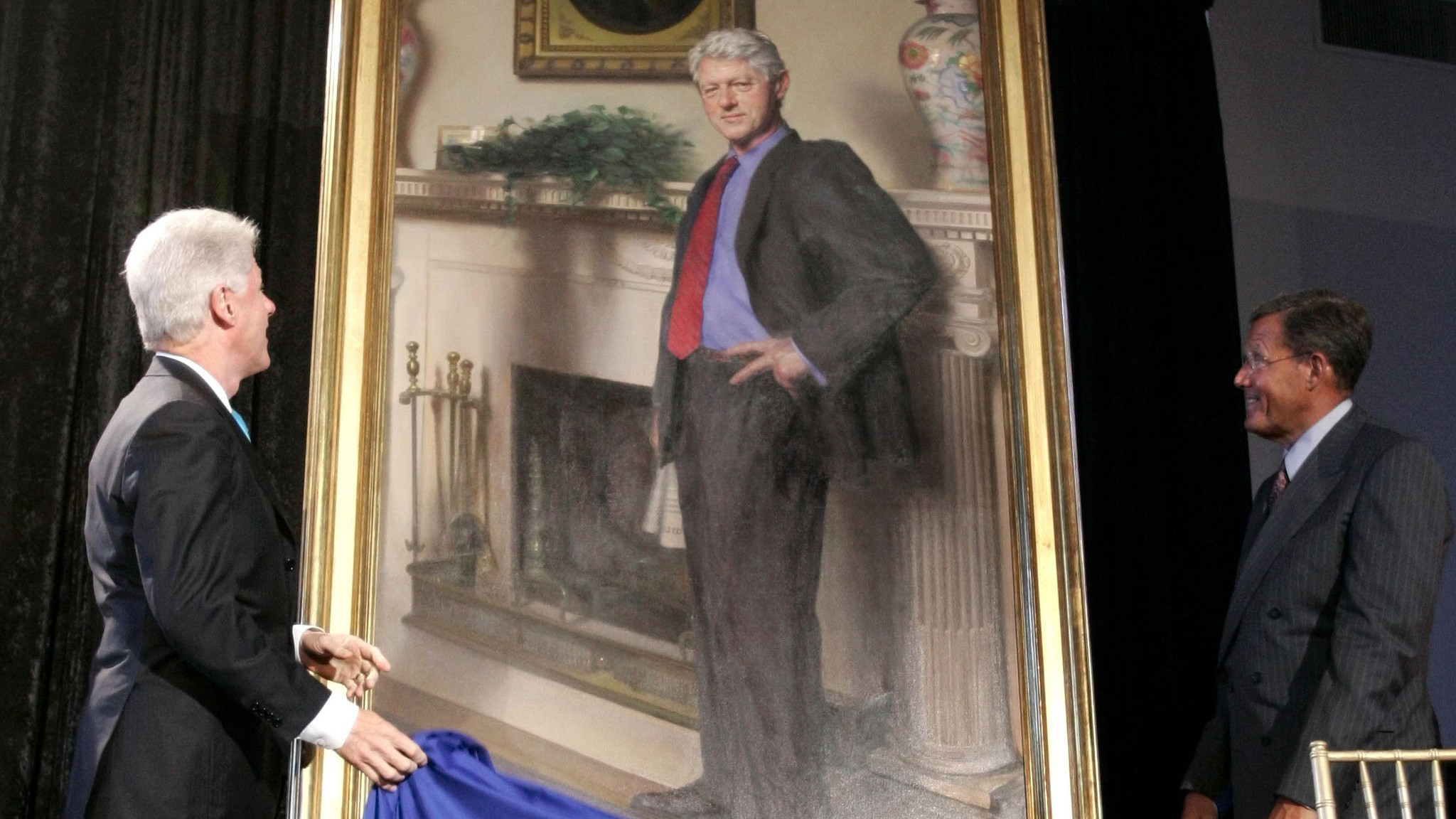 Bill Clinton portrait features shadow of Lewinsky dress ...