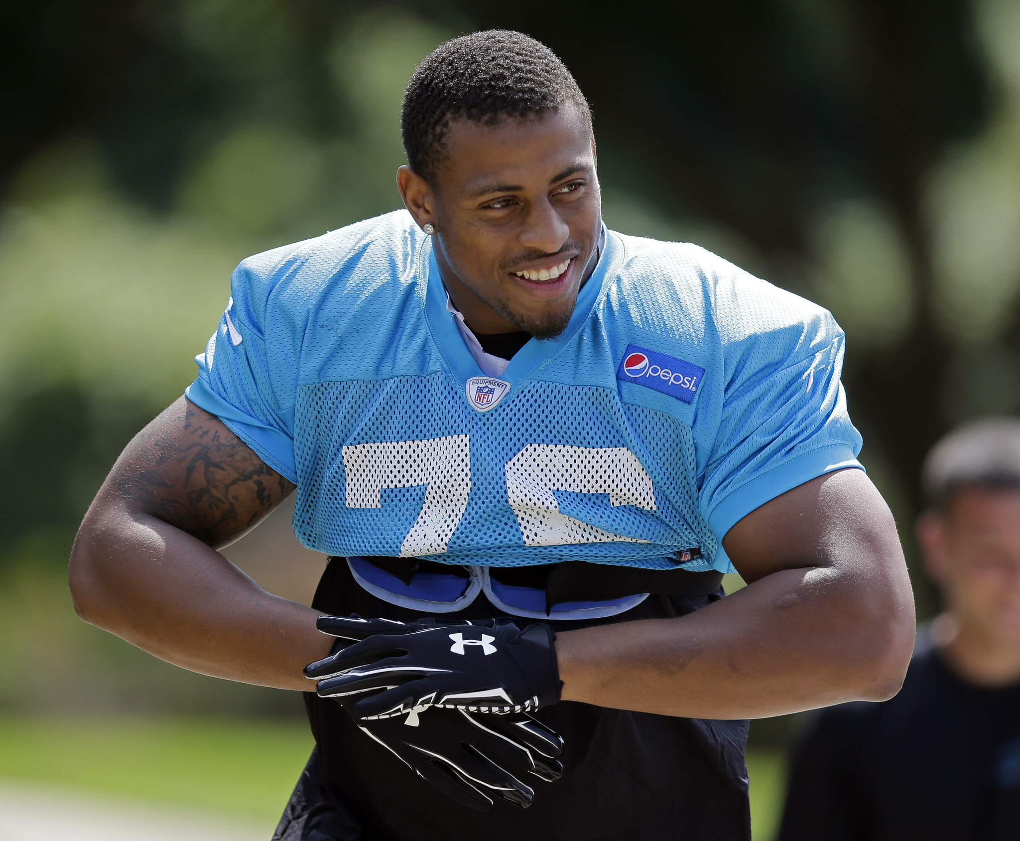 greg hardy - photo #33