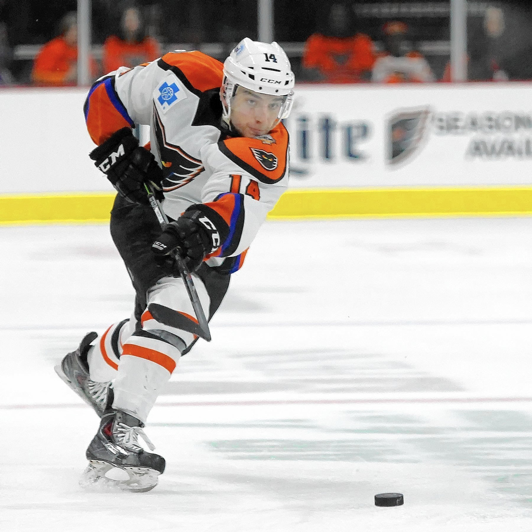 best service 07a71 8bbcd Gostisbehere might not play again until next season - The ...