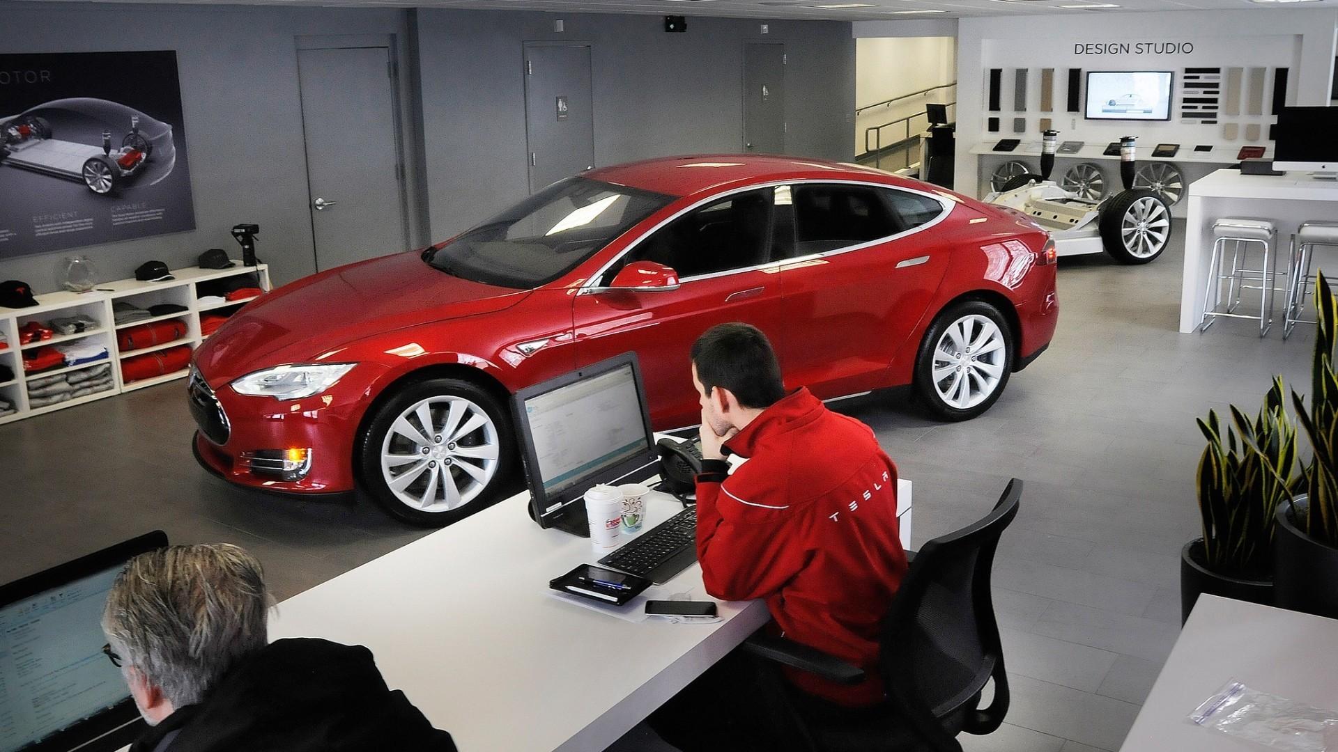 Tesla Connecticut Dealership Legislation Hartford Courant