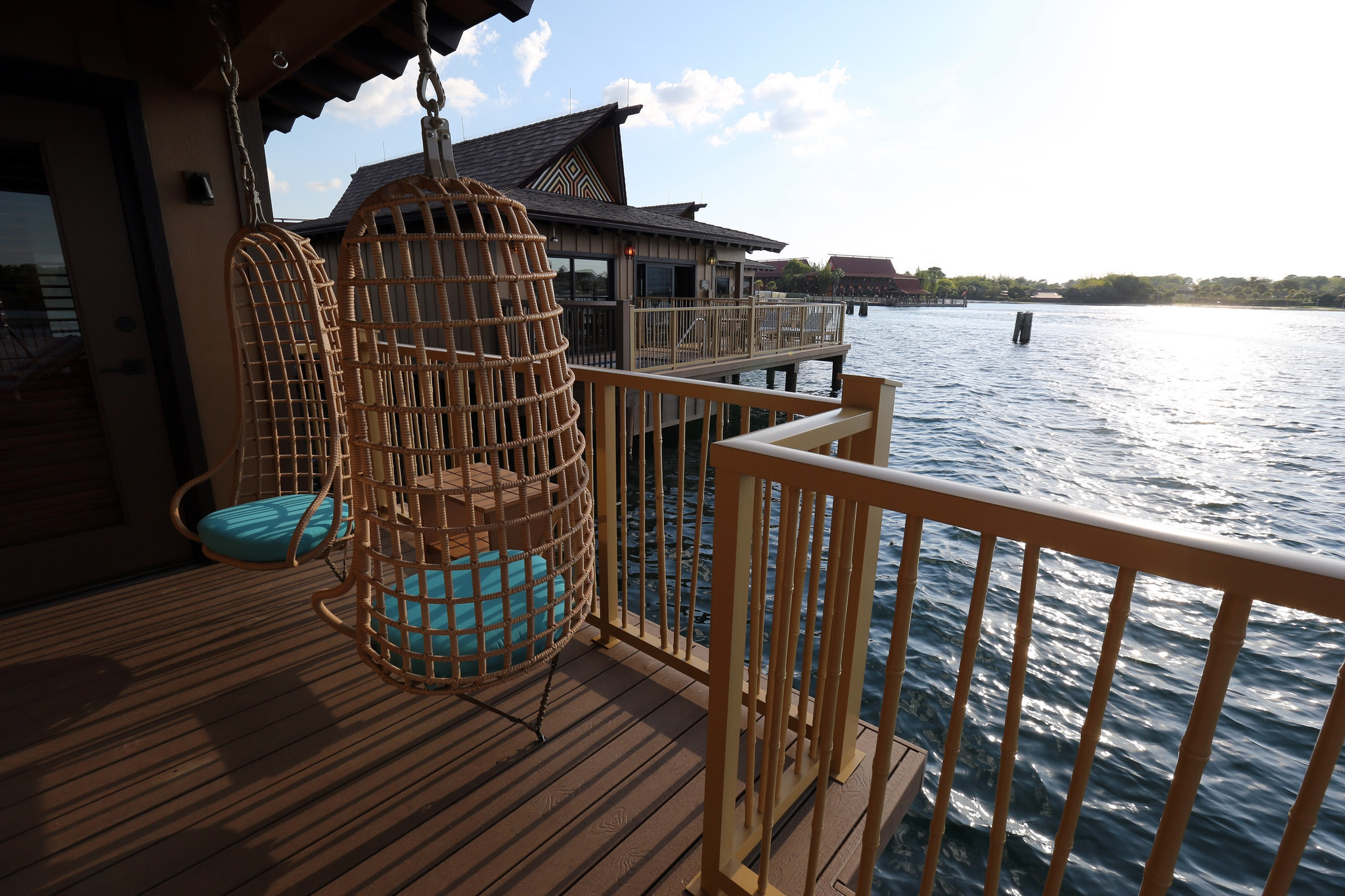 Disney S Polynesian Village Resort Unveils Bungalows