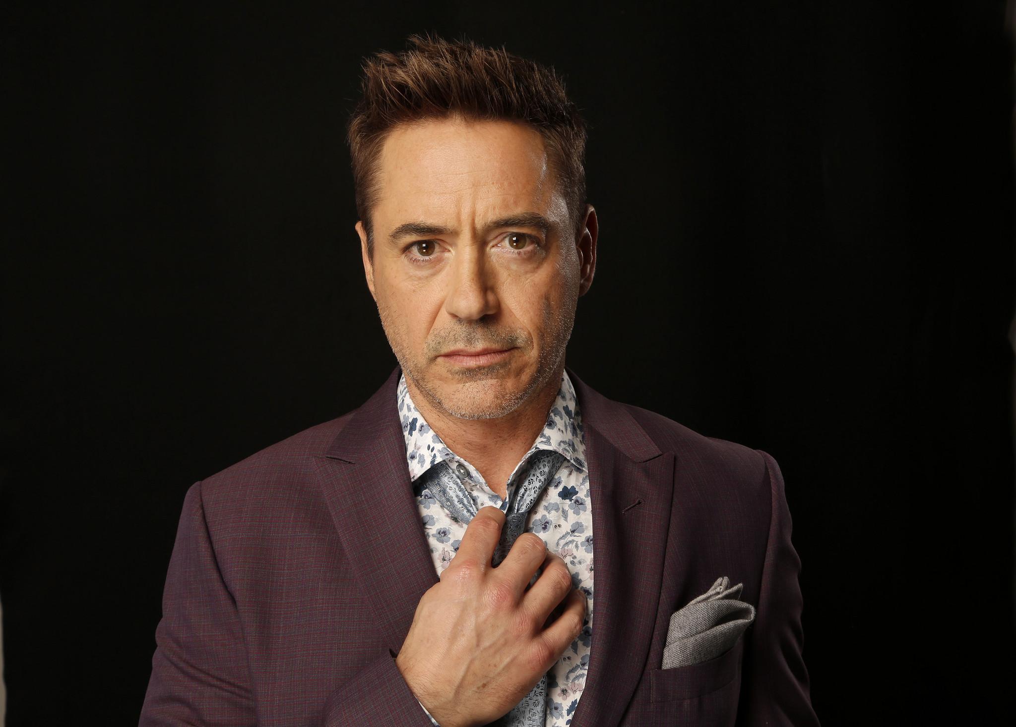 Robert Downey Jr Life In Pictures Chicago Tribune