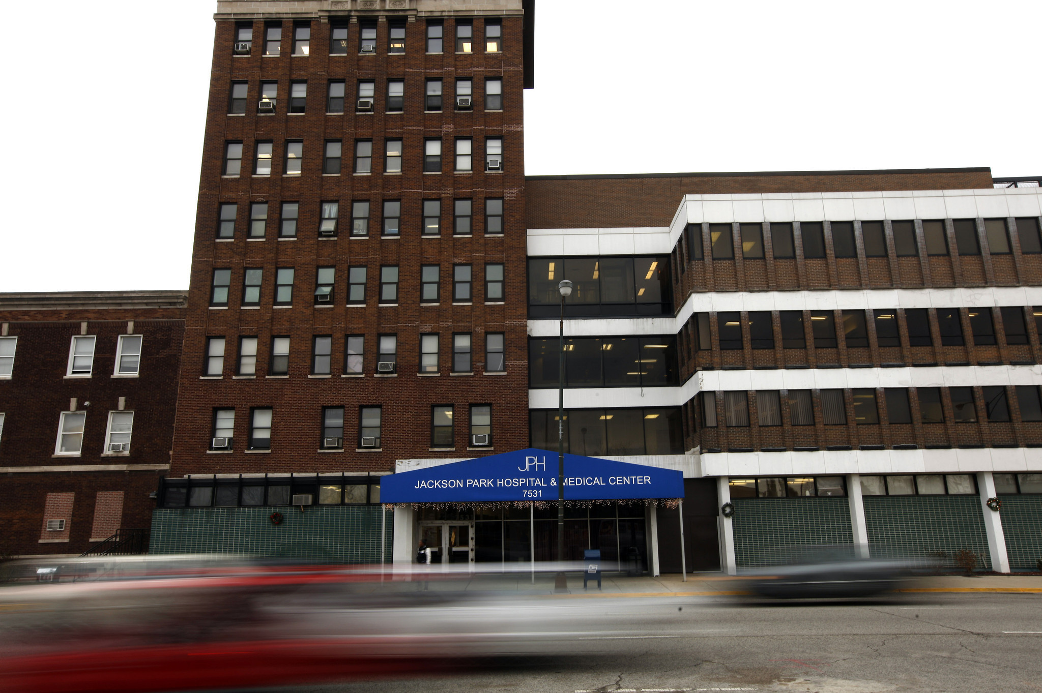 Few Chicago-area hospitals shine in government's new ...