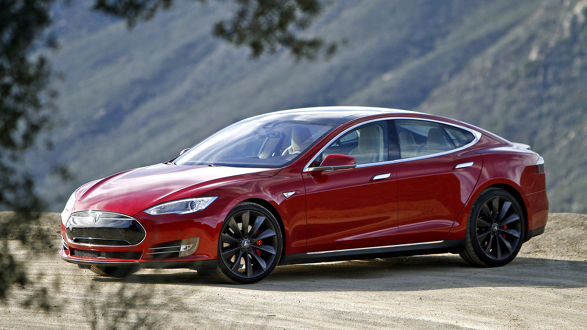 Tesla tops Best Green Cars of 2015: AAA - Chicago Tribune