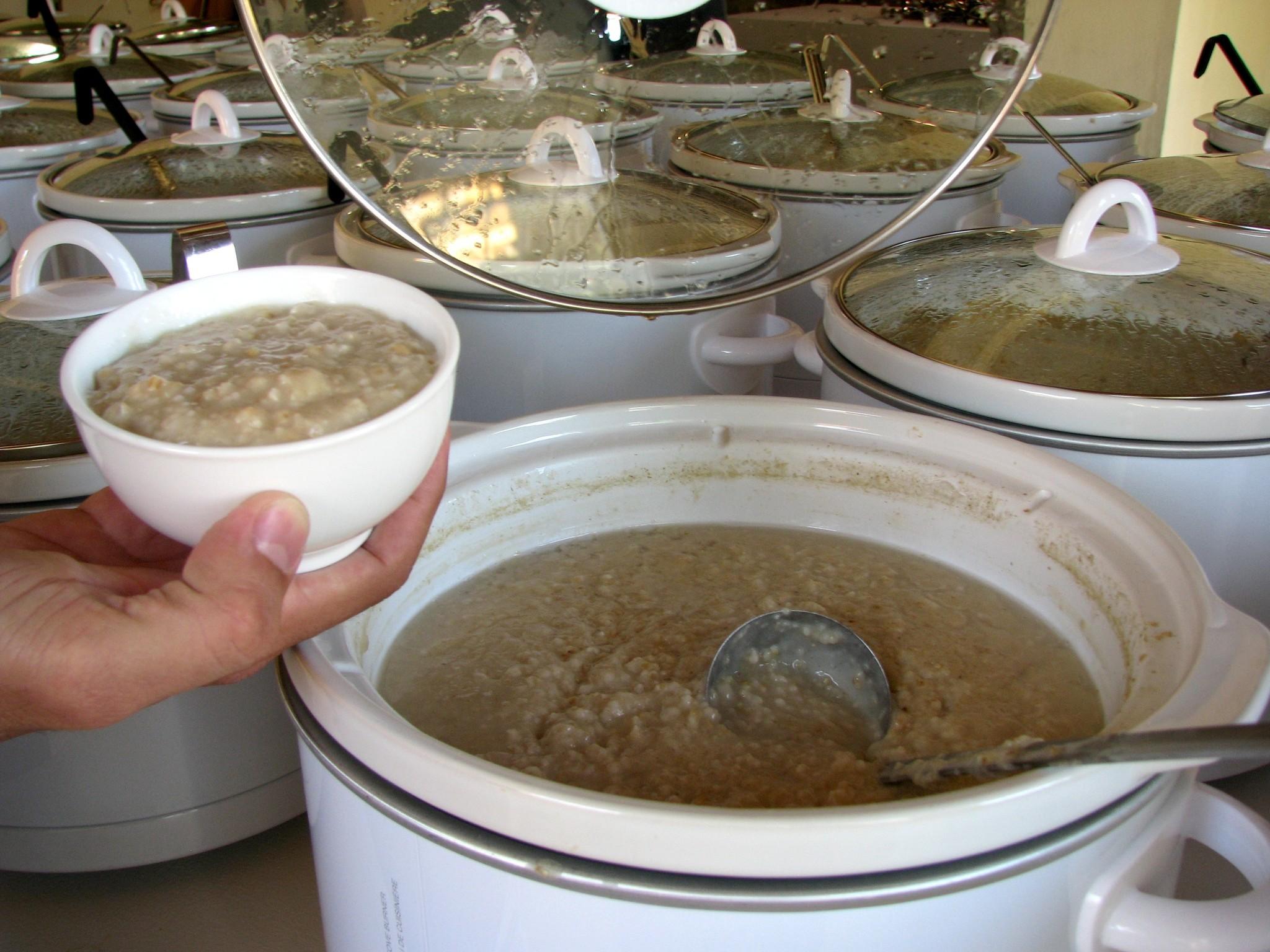 Pots of oats