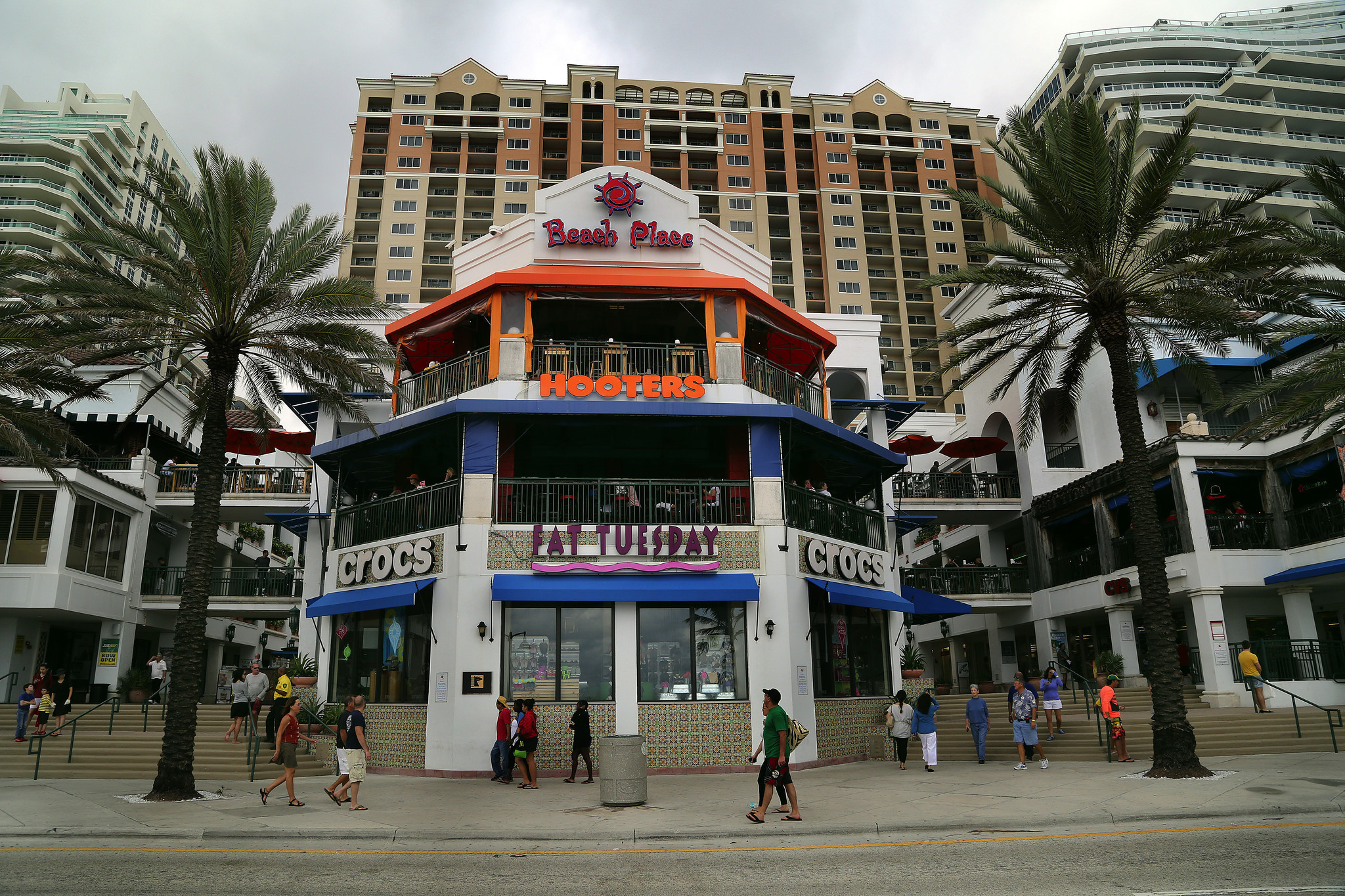 Fort Lauderdale Considers Earlier Last Calls At Beach Bars Sun Sentinel