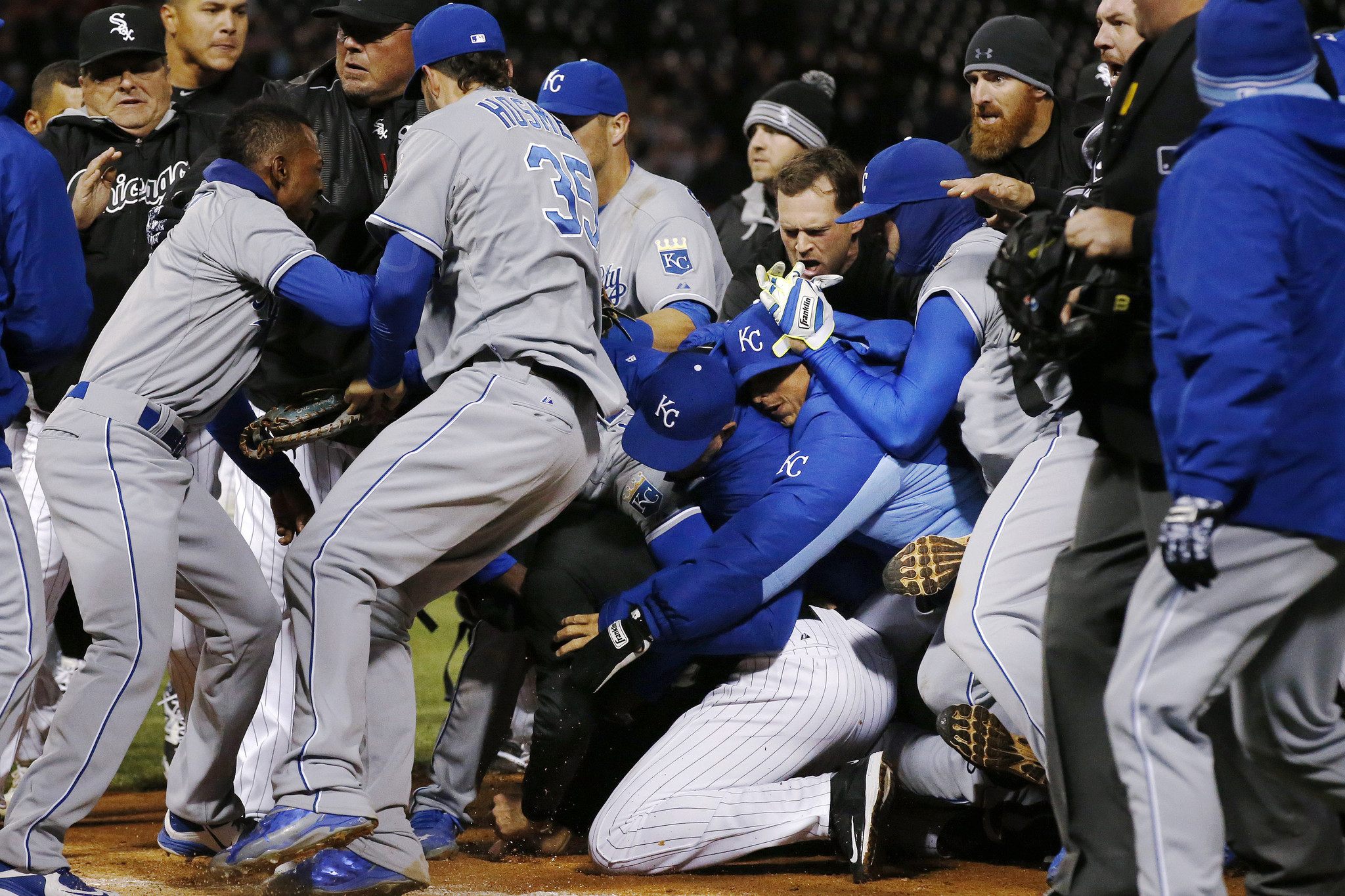 Peachy White Sox Royals Await Fallout From Brawl Capital Gazette Onthecornerstone Fun Painted Chair Ideas Images Onthecornerstoneorg