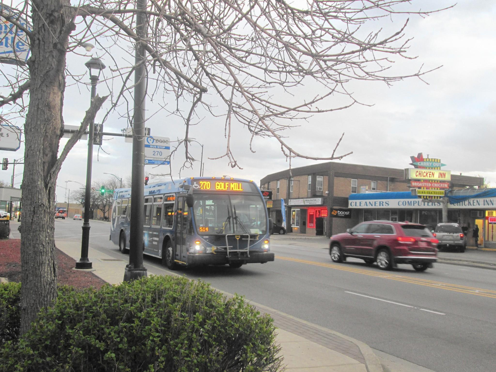 pace holds public meeting on milwaukee avenue express bus service