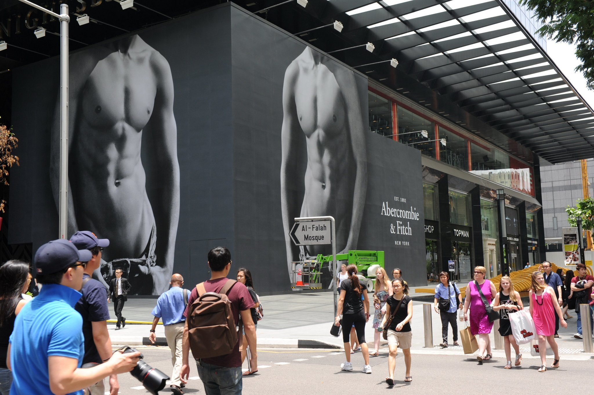 Abercrombie Used To Be A Store Where You Could Buy Guns