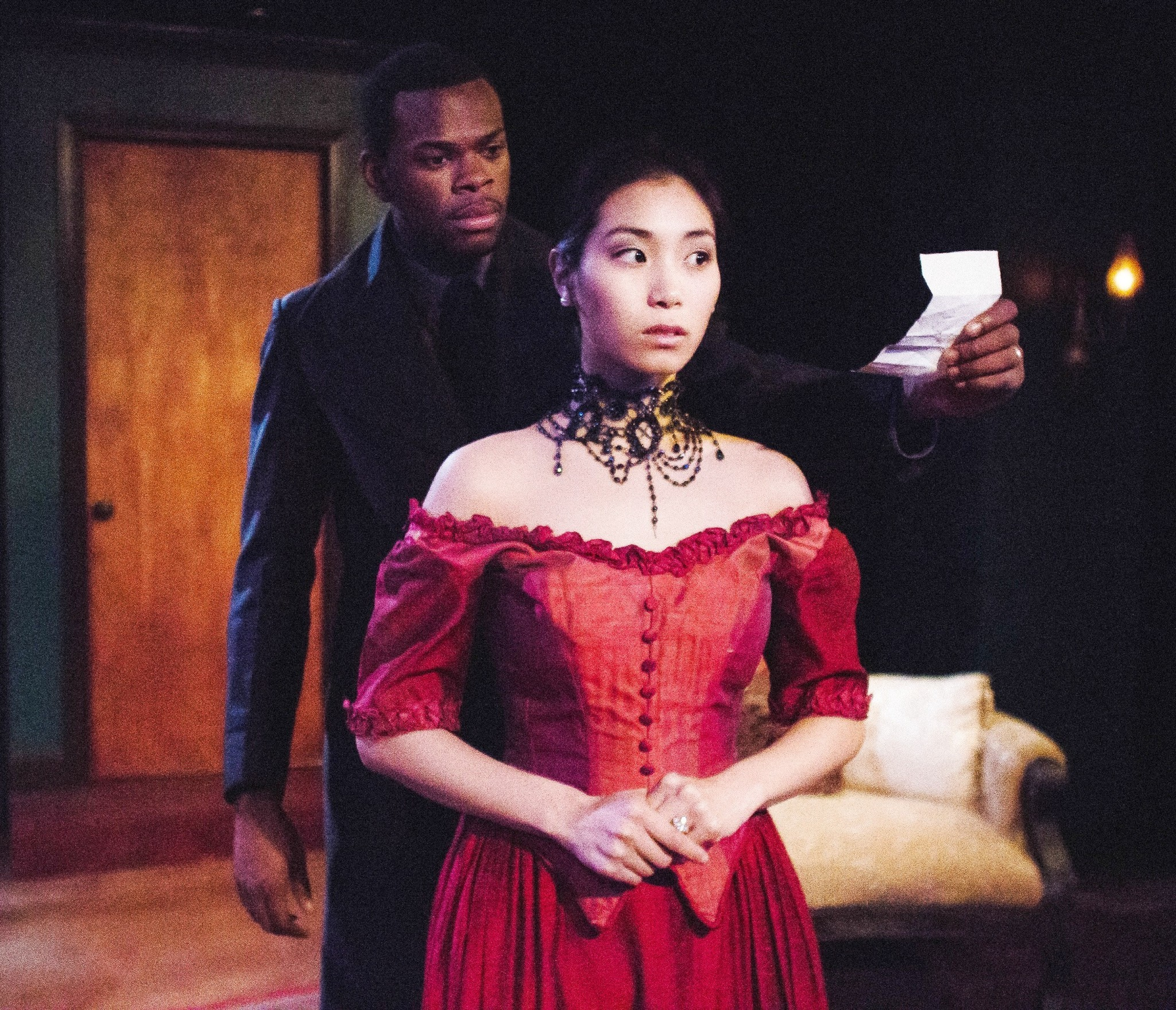 Review A Doll S House By Definition Theatre Company Chicago Tribune