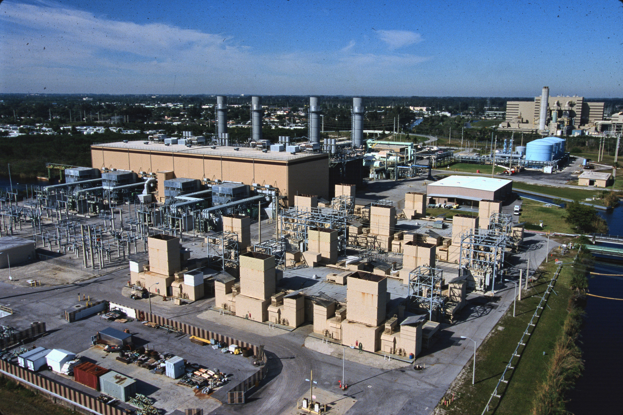 FPL pre-qualifies Miami-Dade locale for data centers - Sun