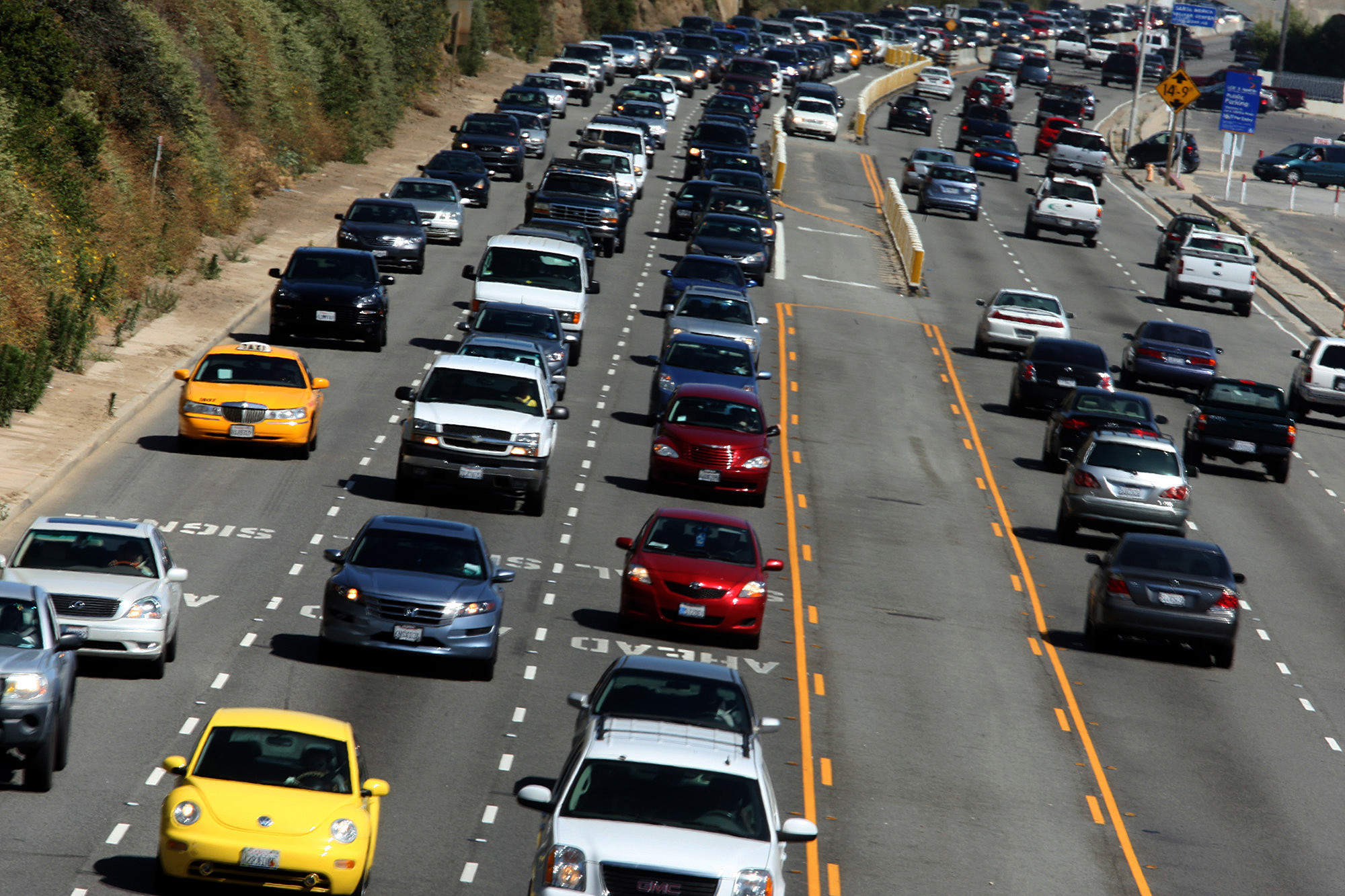 Better leave early: Record-setting traffic expected ...