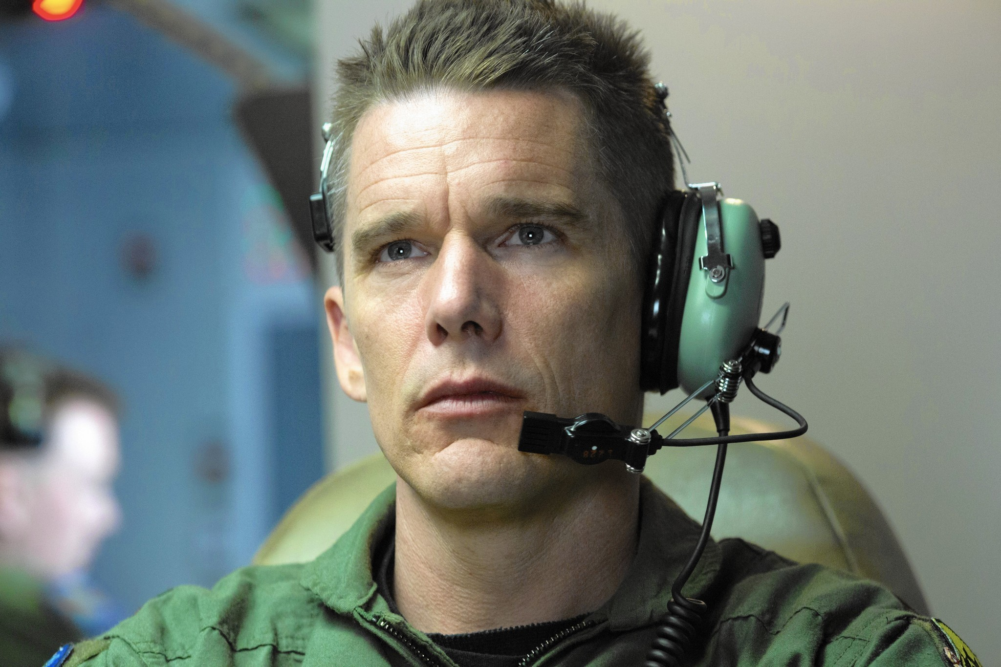 Review: 'Good Kill,' with Ethan Hawke, targets human costs ...