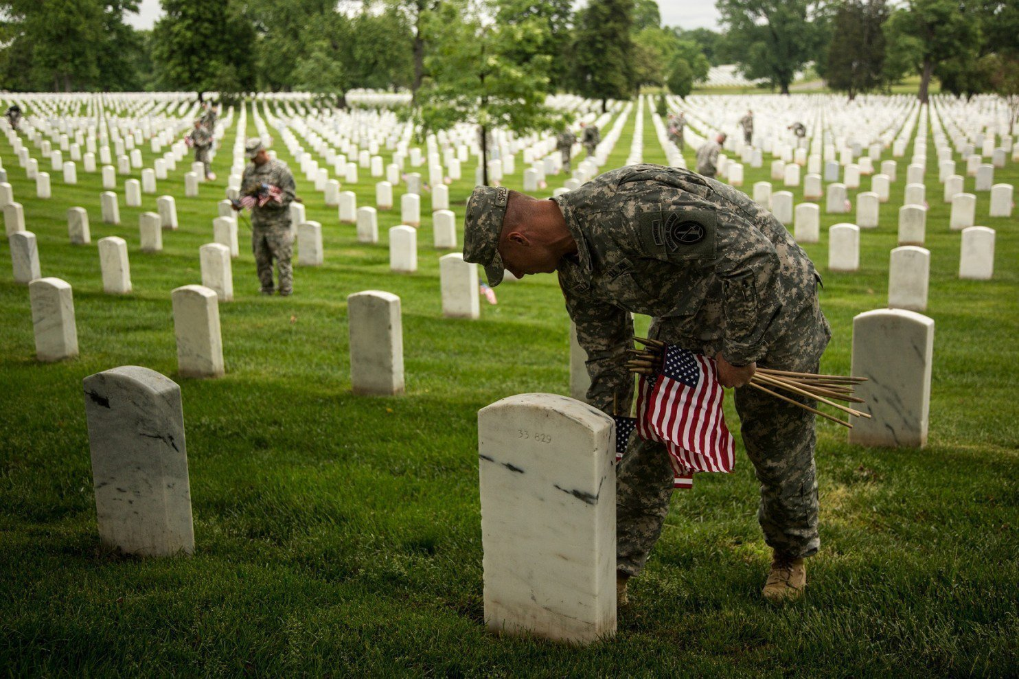 I'm a veteran, and I hate 'Happy Memorial Day' - Chicago ...