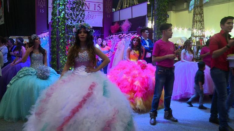 mexican girls celebrate turning 15 chicago tribune