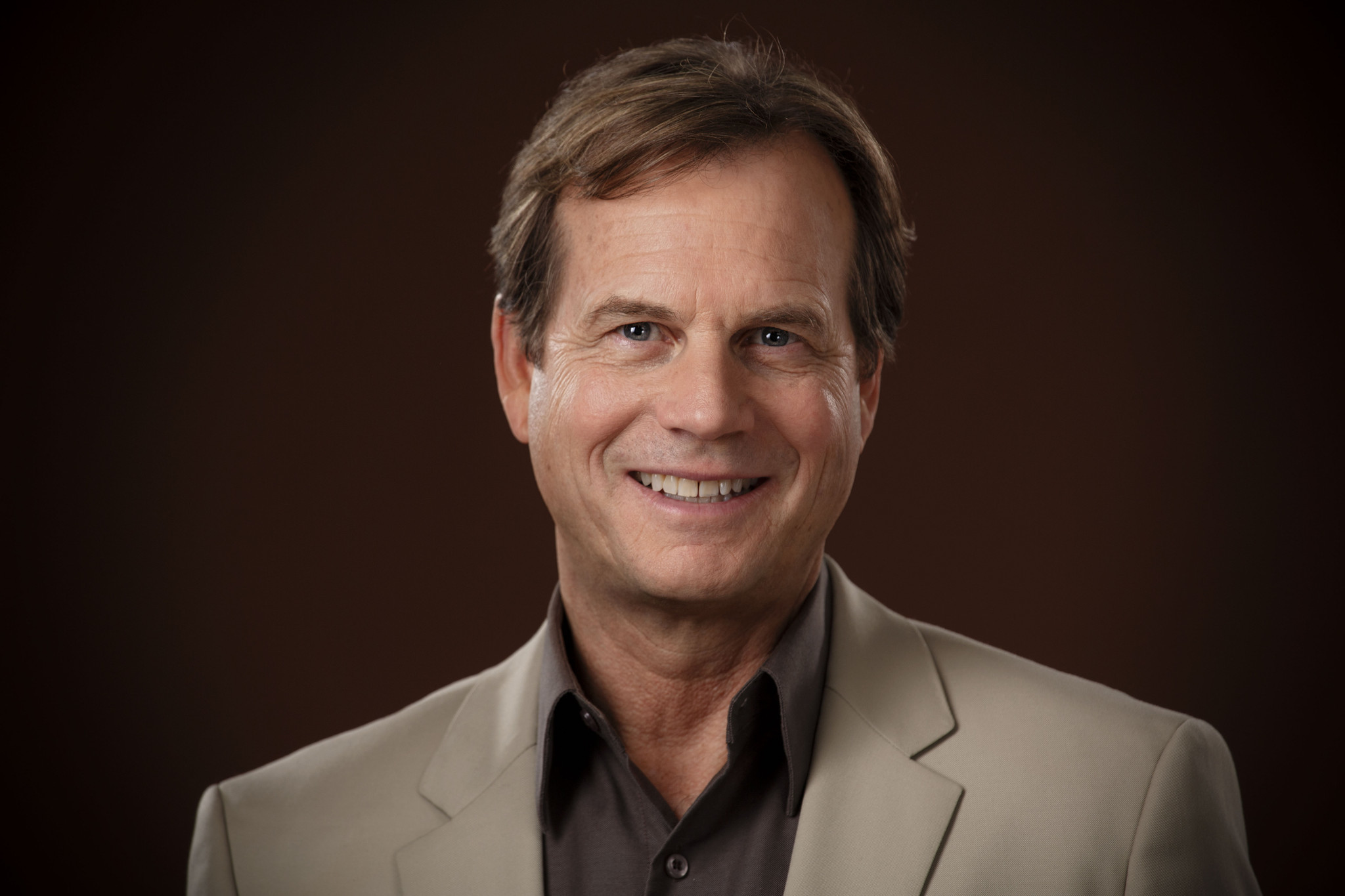 Handsome American actor Bill Paxton