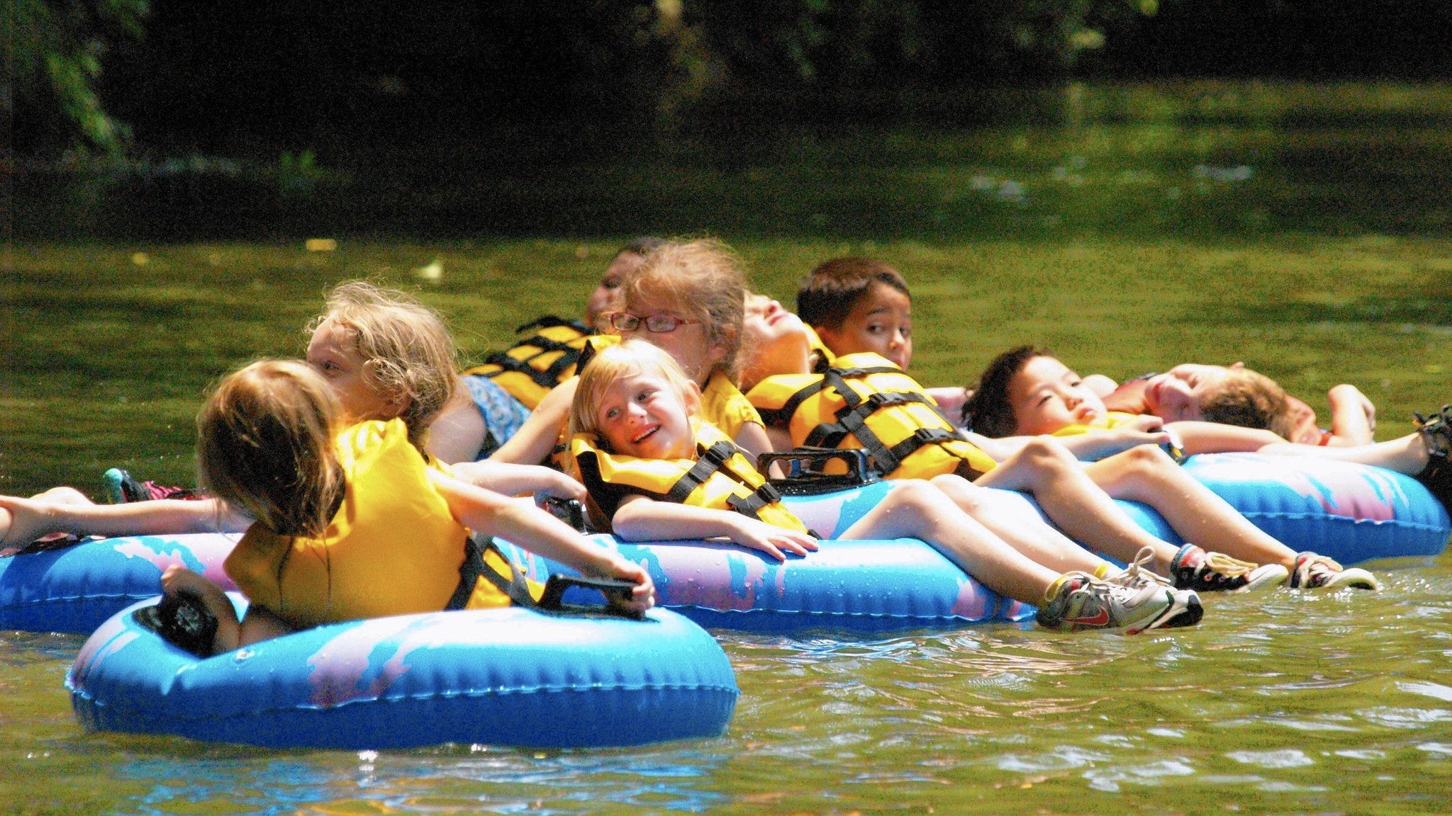Your Guide To Tubing Down Delaware And Lehigh Rivers The