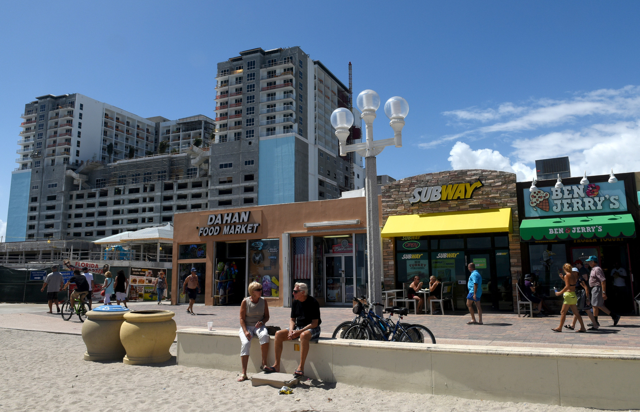 Hotels Near Margaritaville Hollywood