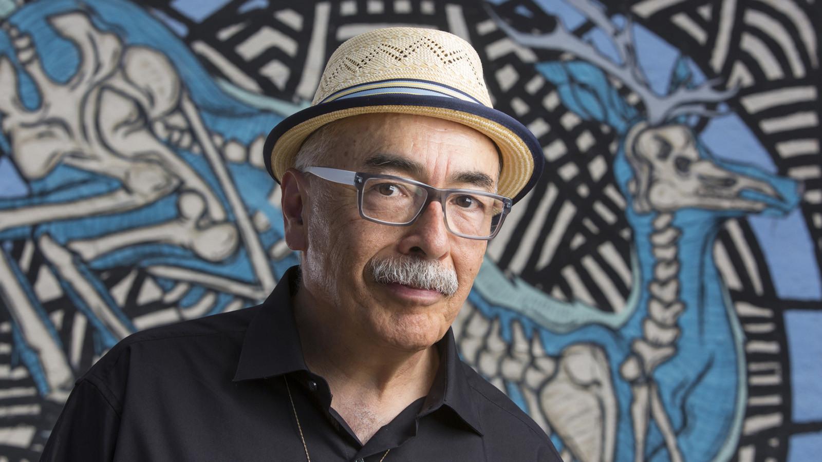 Juan Felipe Herrera New U S Poet Laureate Shout It From