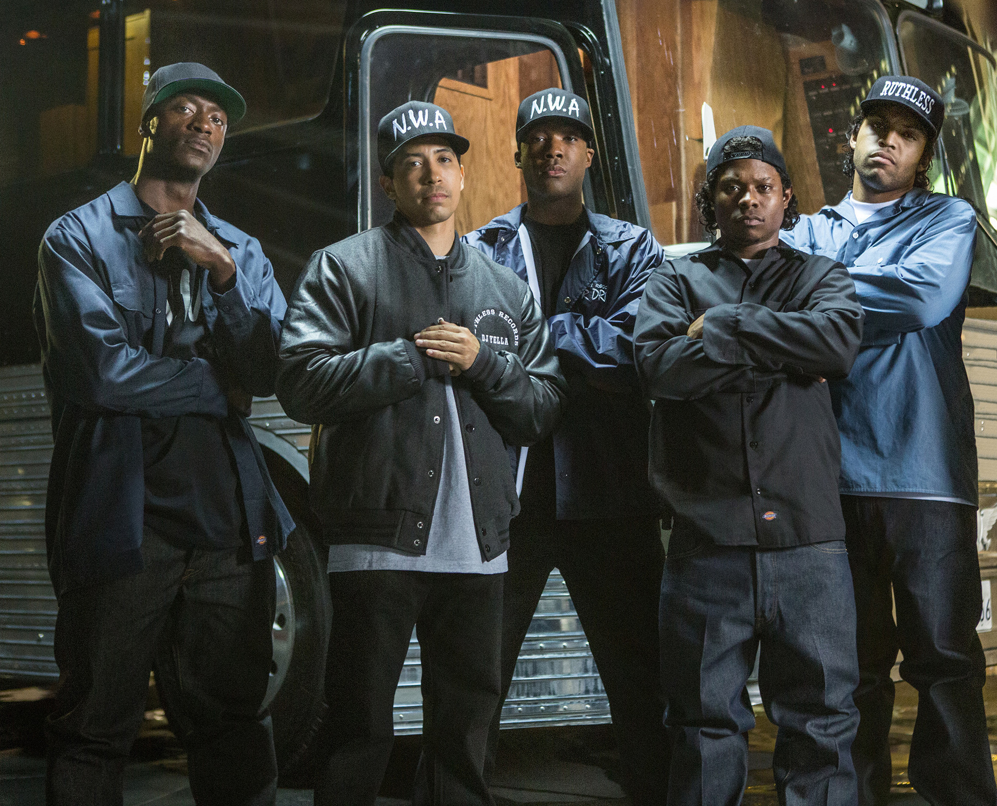n w a s mc ren hates the official trailer for straight outta