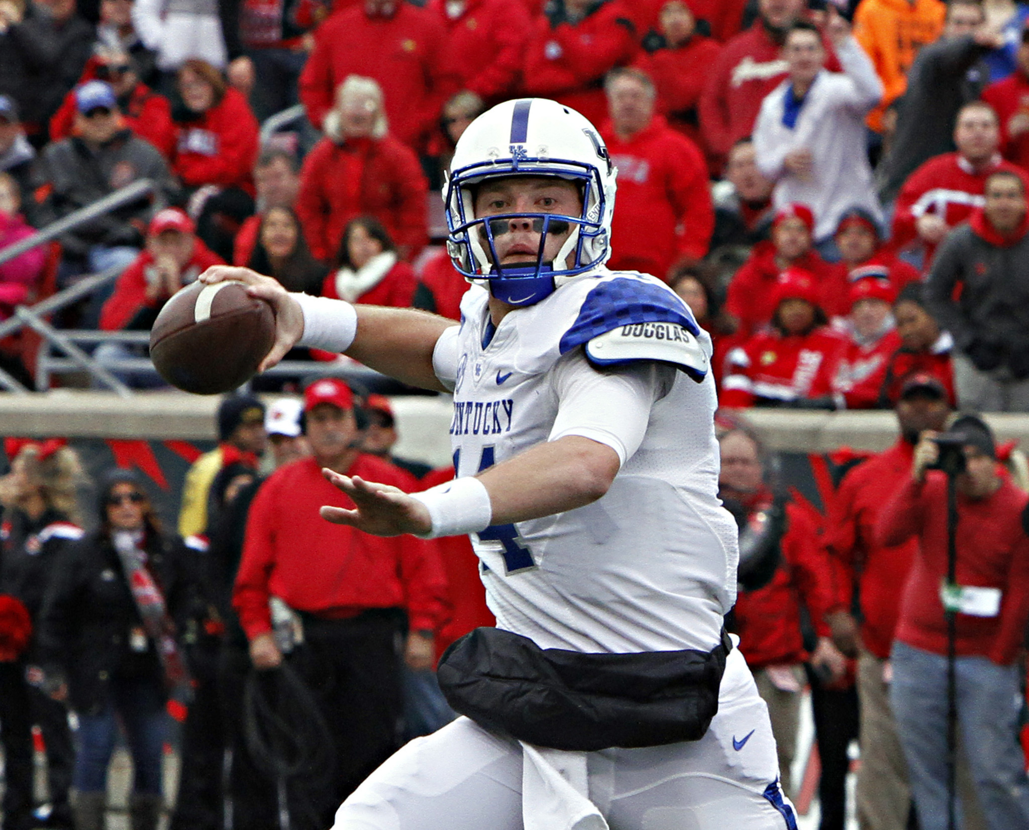 Kentucky on cusp of potential bowl bid, Wildcats ranked No ...