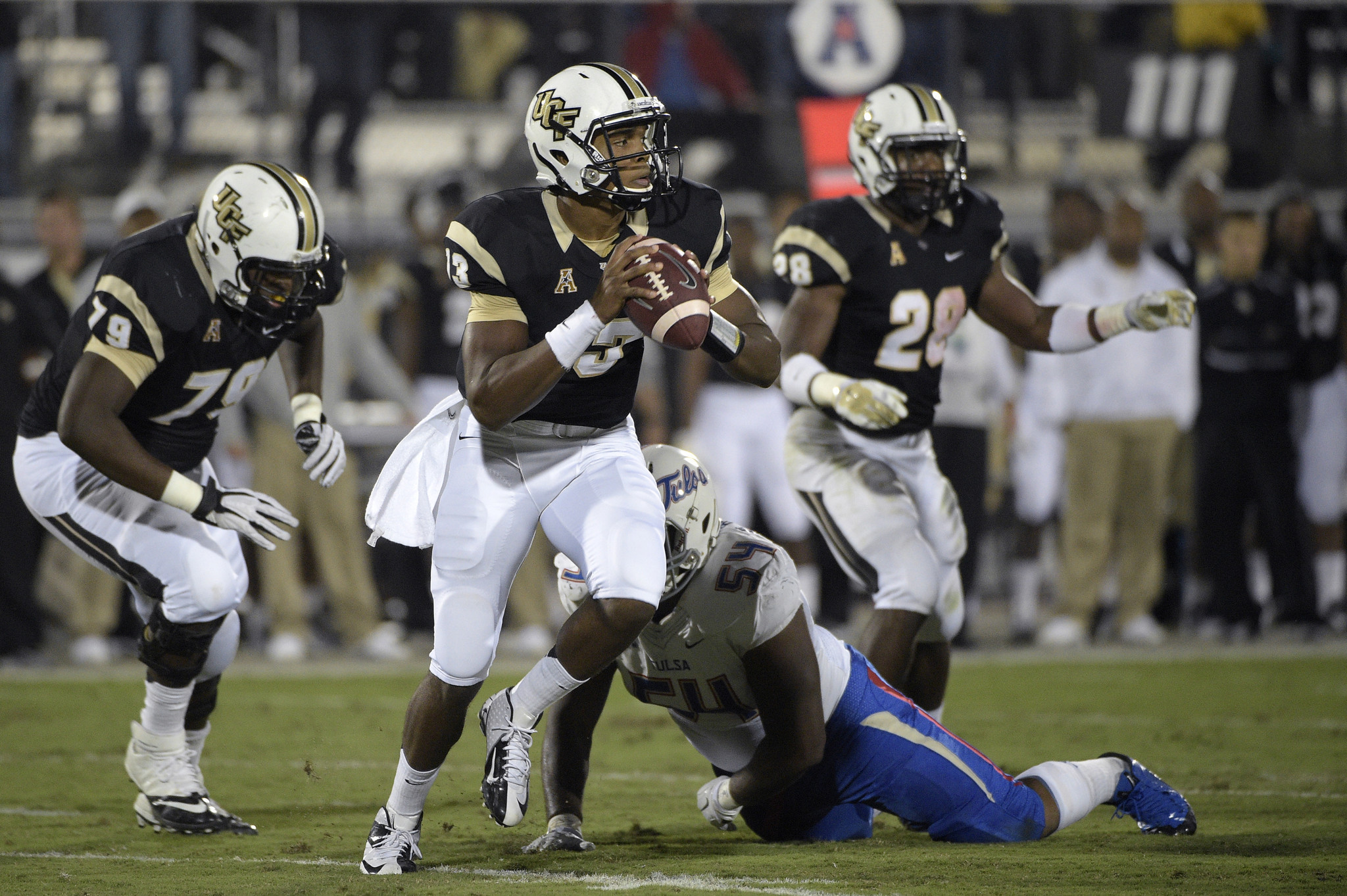 ucf faces challenges chasing third consecutive aac title, knights