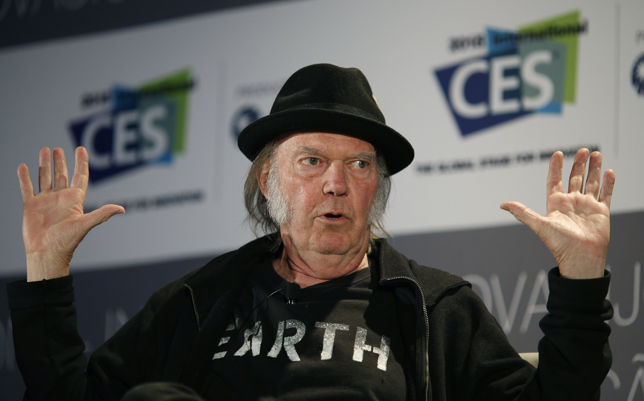 Neil Young Calls Out Donald Trump For Rockin In The Free
