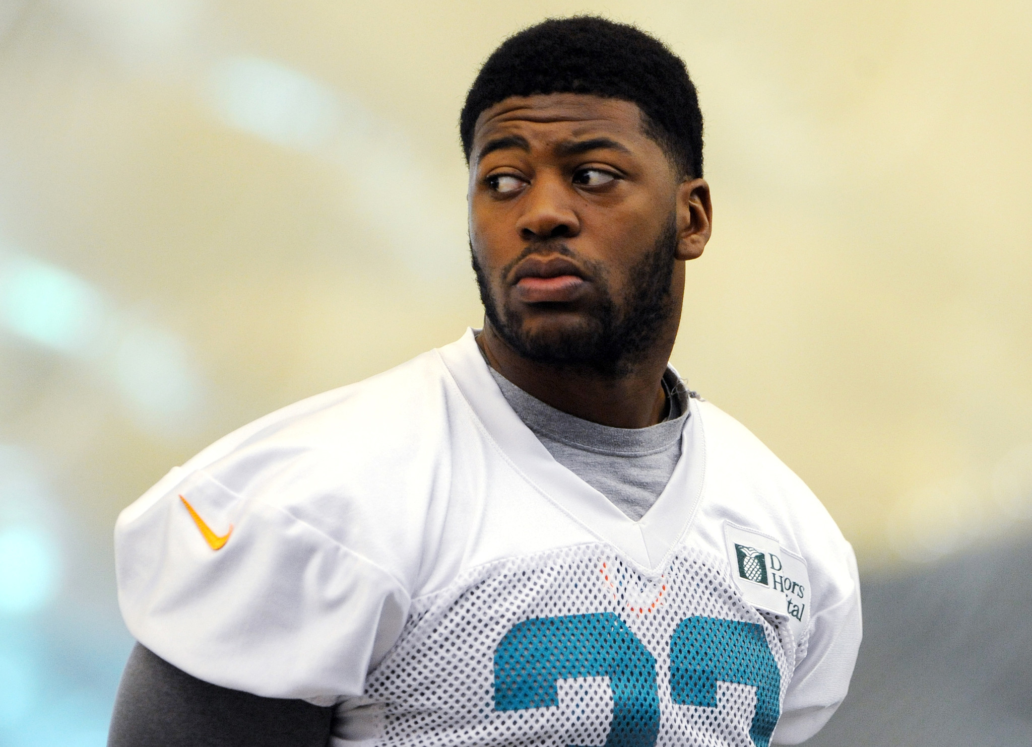 Ex-Dolphins RB Daniel Thomas signs with Chicago Bears ...