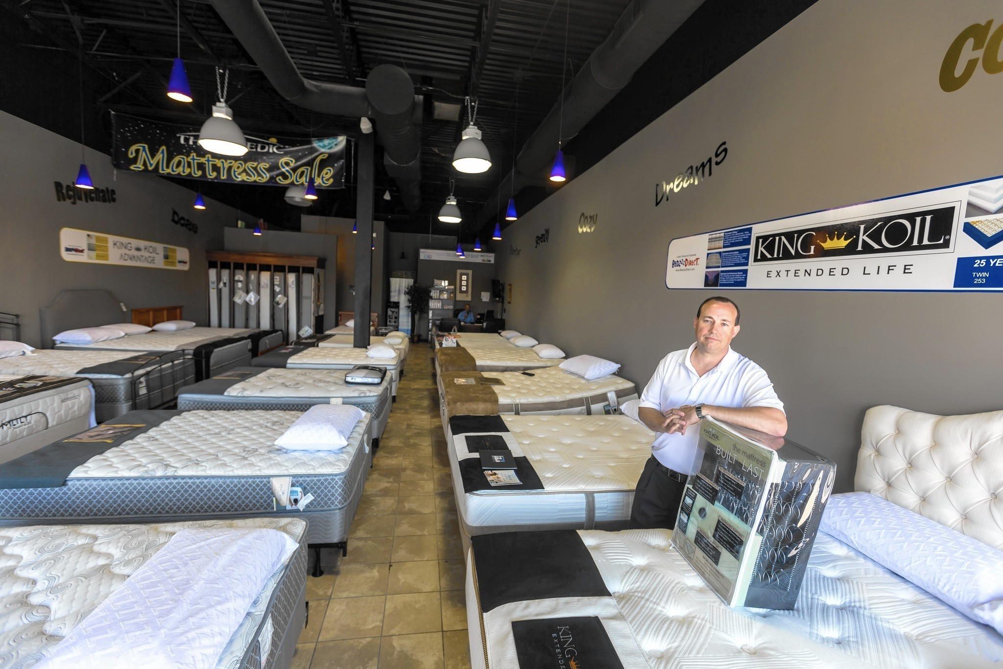 Mattress Store Explosion Leaves No Time To Sleep On The