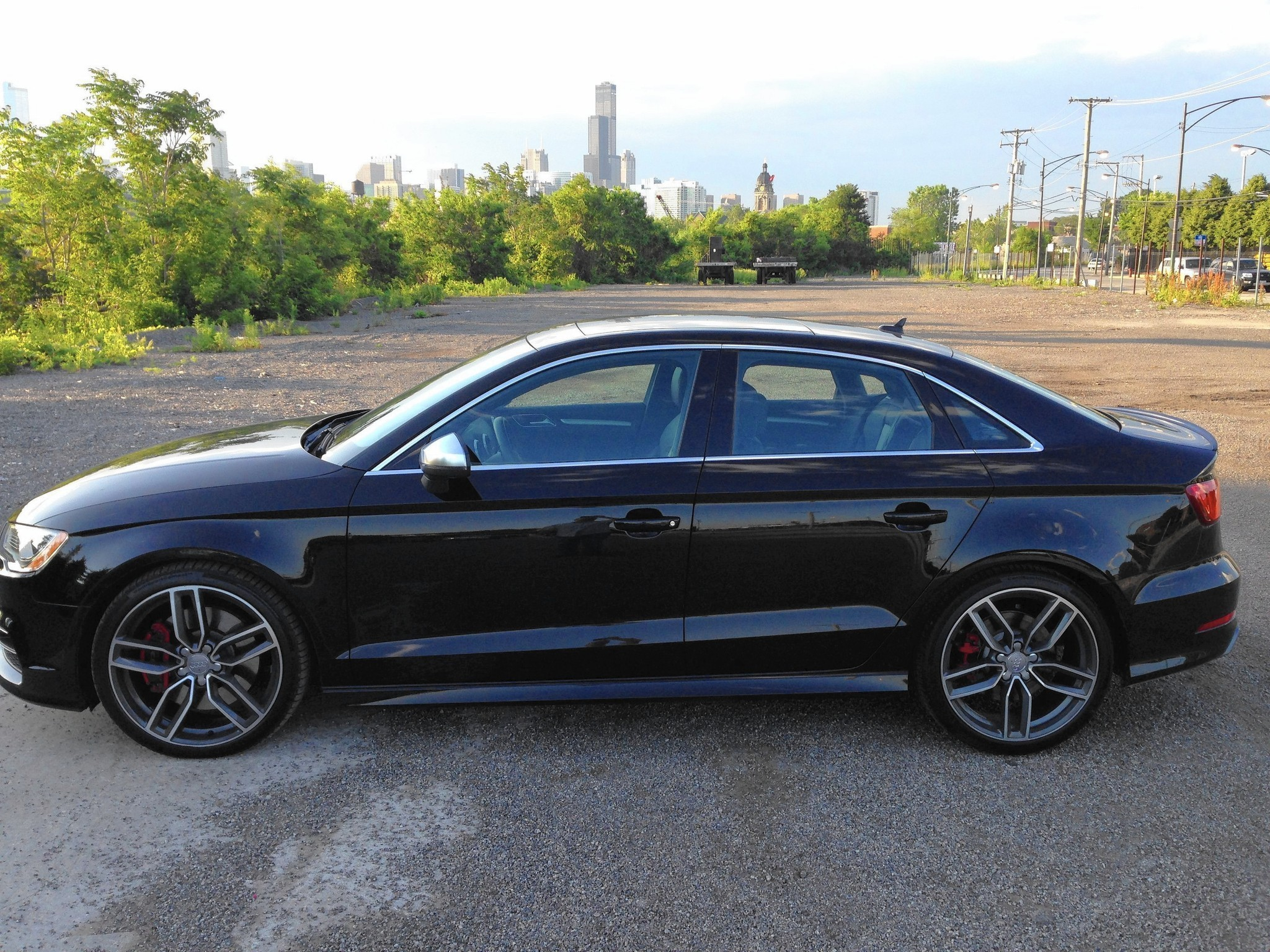 auto review 2015 audi s3 compromises nothing for sporty. Black Bedroom Furniture Sets. Home Design Ideas