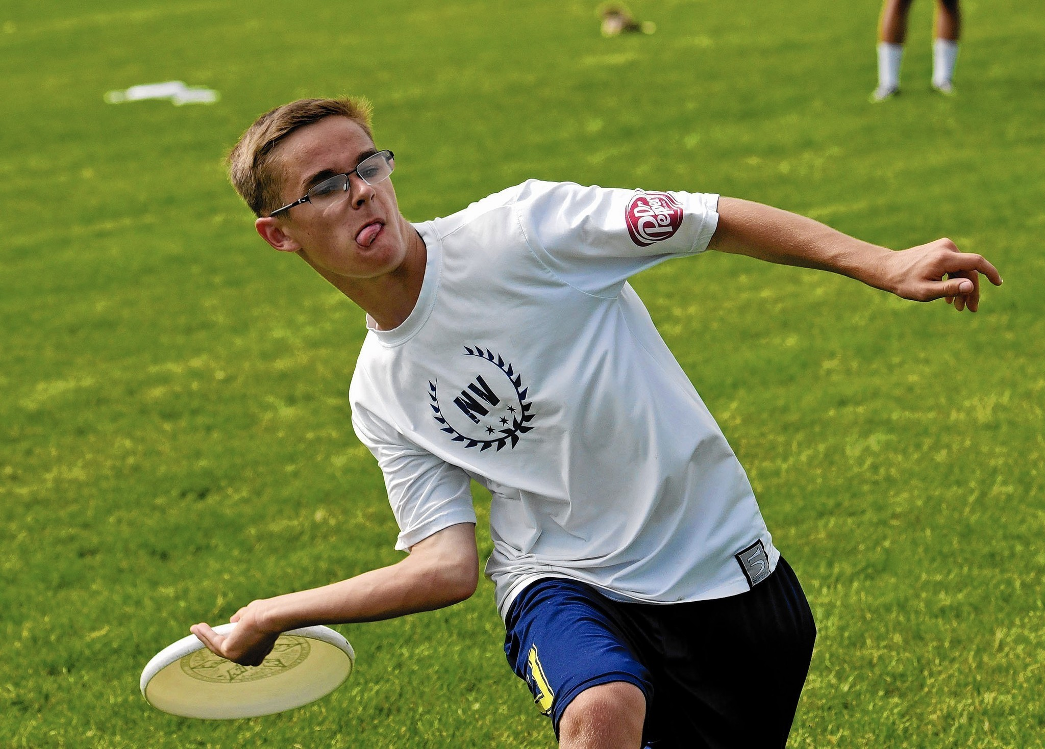 Ultimate Frisbee growing in Naperville - Naperville Sun