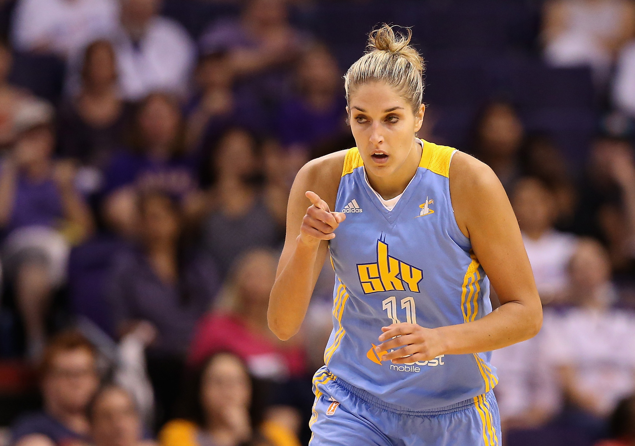 Elena Delle Donne Scores Career High 45 Points In Sky S Ot