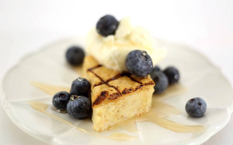 Grilled polenta with maple and fresh blueberries