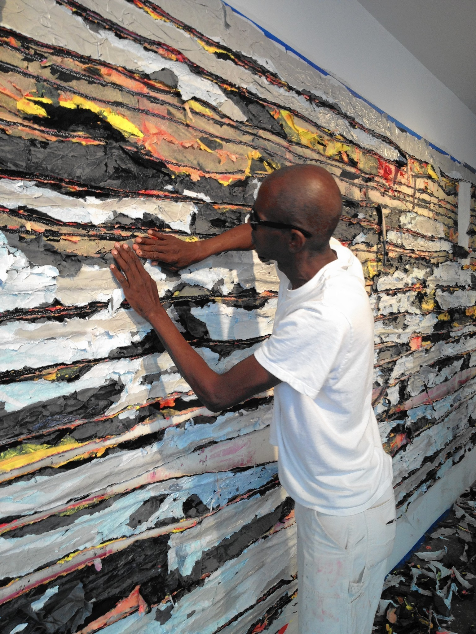 Artist Creates Site-Specific 'Pull Painting' At Atheneum