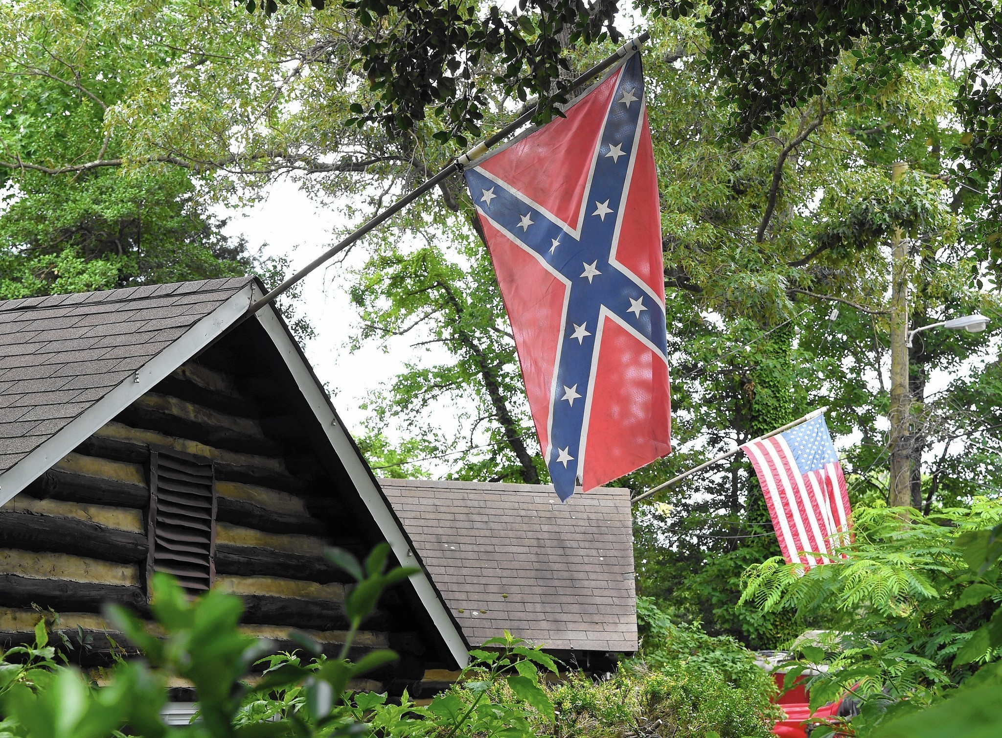 Flying And Fighting The Confederate Flag In Anne Arundel County Capital Gazette