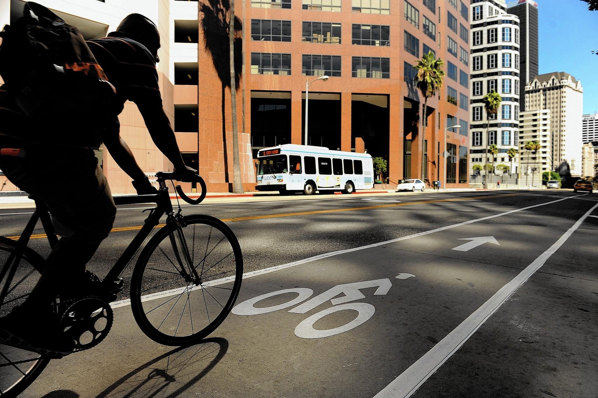 Bike Sharing As A Bridge Between Commute Gaps La Times