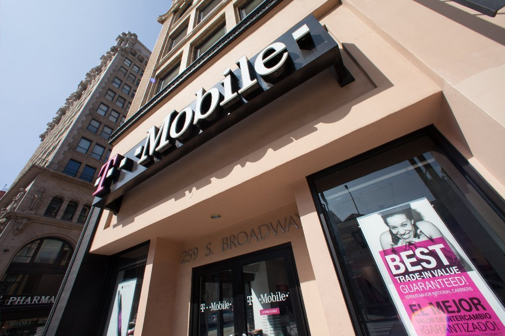 T Mobile Extends Coverage To Mexico Canada At No Extra
