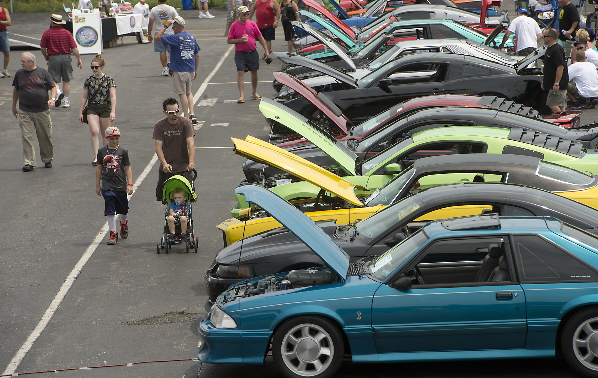 PICTURES Th Annual Charity Mustang Muscle Car Show The Morning Call - Haldeman ford car show