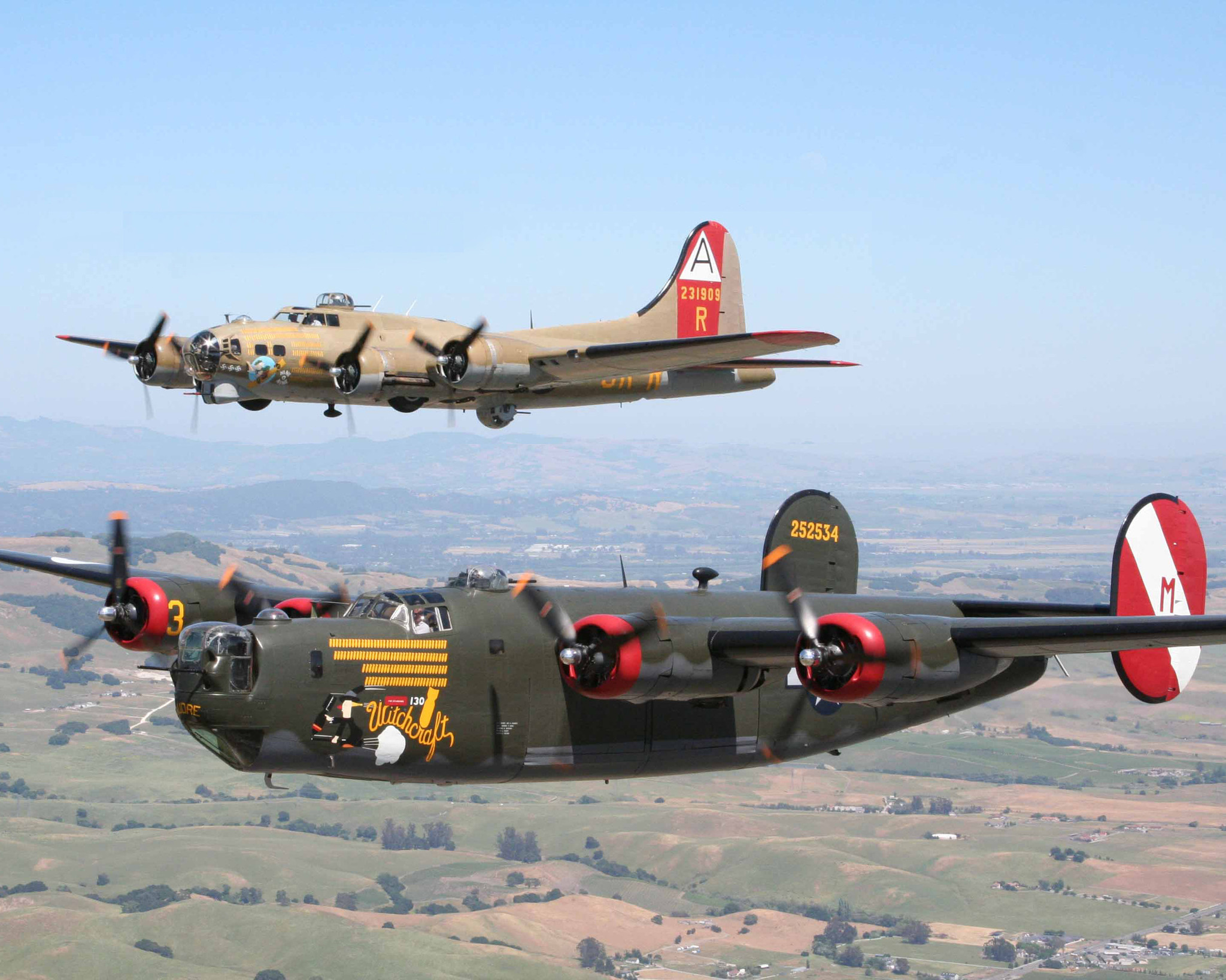 WWII Bombers and Fighter Flying to Northwest Indiana ...