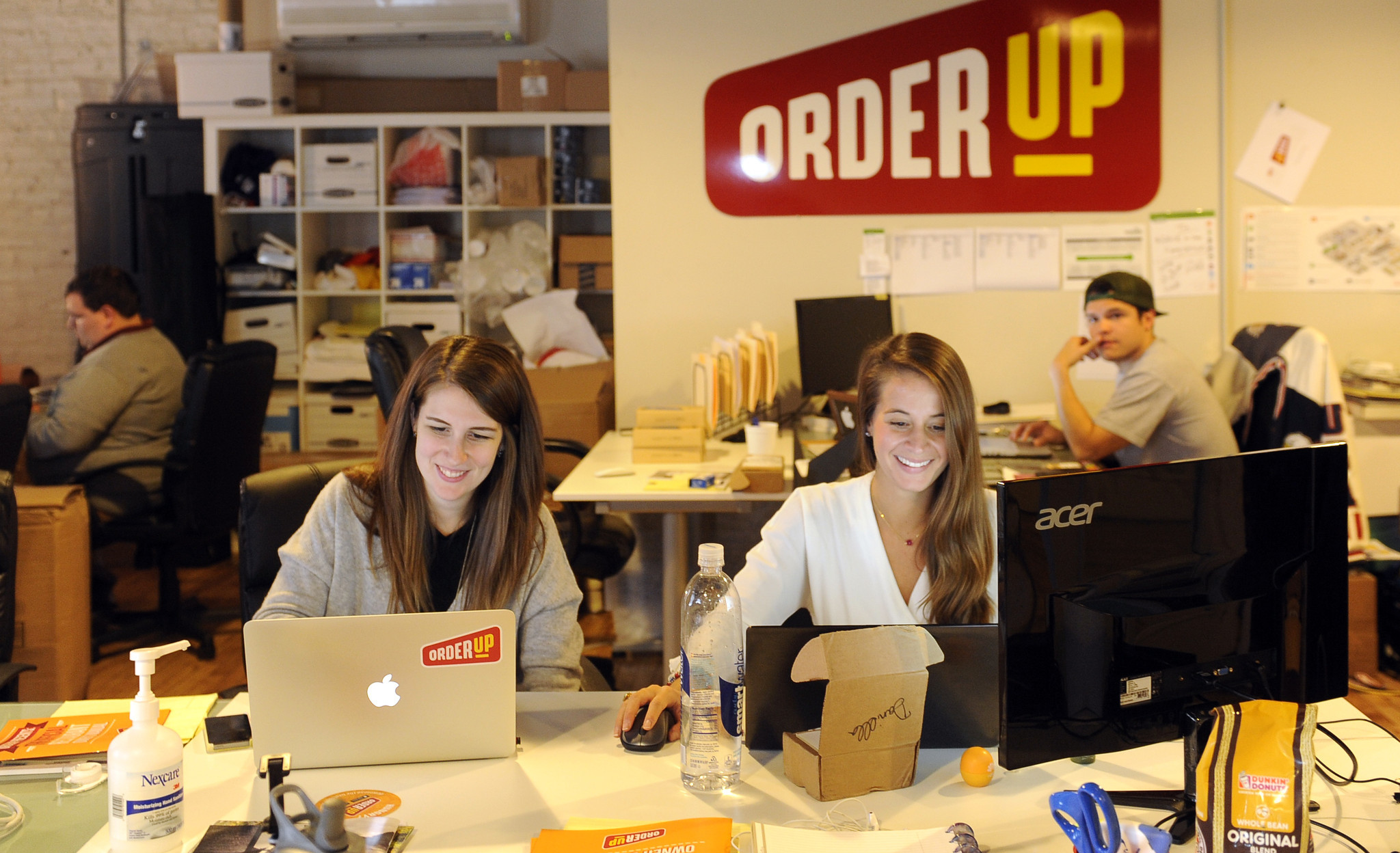 d39b037ef94a4 Techmeme  Groupon acquires Baltimore food delivery startup OrderUp (Scott  Dance Baltimore Sun)