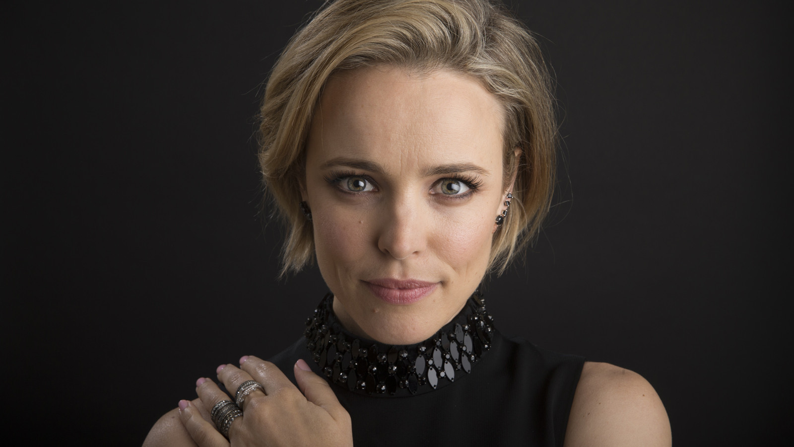 Rachel McAdams does fame her way - LA Times